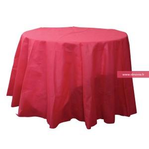 Un nappe rose ou fushia mais toujours jetable